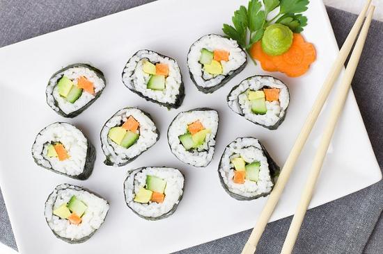 Чому ви повинні спробувати суші