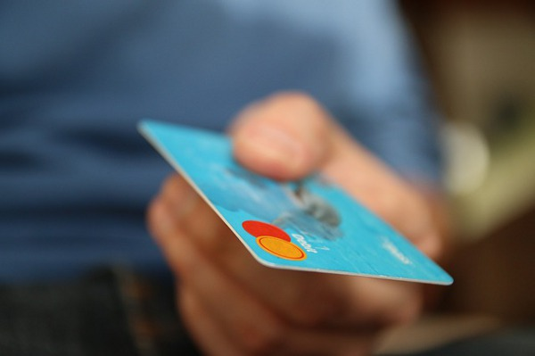 The No-fear Guide to Getting your First Credit Card