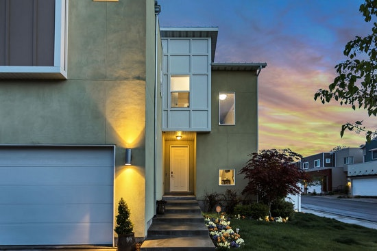 7 tips to find the right buyer for your home