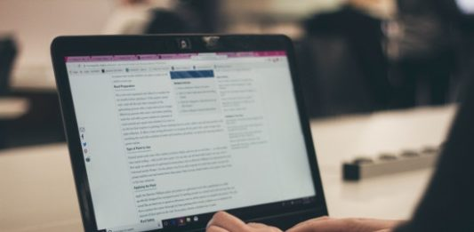 How to Hire a Writer for a Business Blog