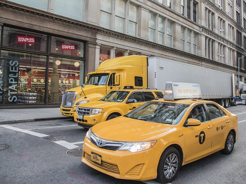Things to Consider Before Starting Your Career as A Private Hire Taxi Driver