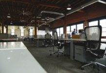 8 Tips on Selecting the Perfect Office Furniture