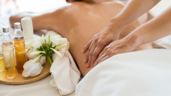 How Couples Massage Rejuvenates Relationship