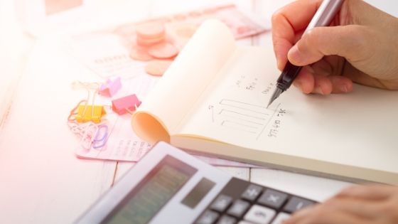Simple Ways to Manage Finances and Save Money