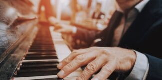 Piano Vs Keyboard