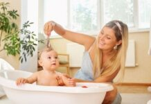 Organic Baby Bath Products - Consider the Safety of Your Baby