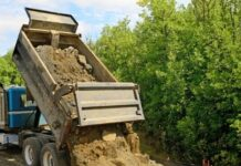 Why a Dump Truck is Important in Large-Scale Projects