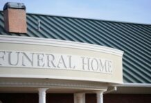 Factors to Keep in Mind When Choosing a Funeral Home