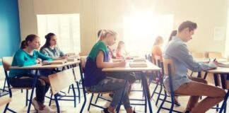 How Seating Arrangement Reasoning is Supposed to Get Done?
