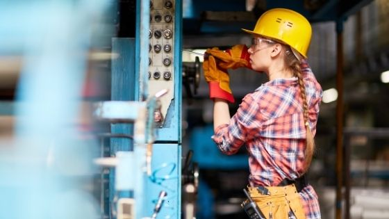 Which Electrical Contractor Should You Hire for Your Business